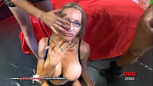 Busty Mature Emma Starr Cum Hungry in Germany – German Goo Girls